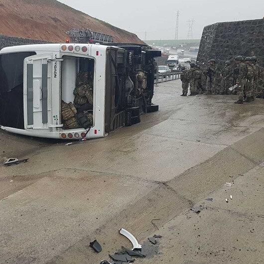 Şırnak'ta askeri araç devrildi: Şehit ve yaralılar var