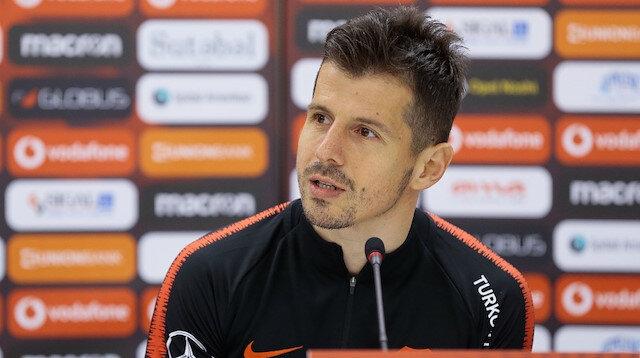Emre Belözoğlu Moldova maçında forma giyemeyecek