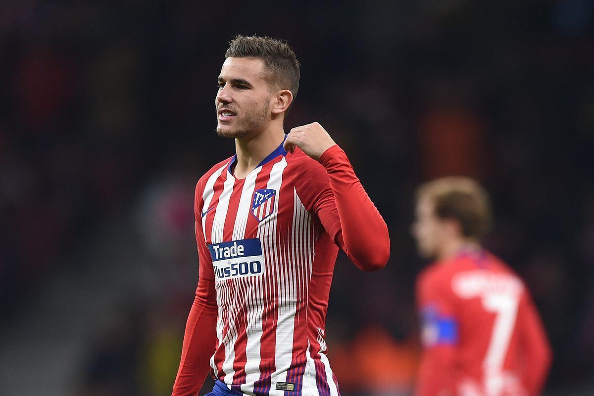 Hernandes bu sezon Atletico Madrid formasıyla çıktığı 22 resmi maçta 1 gol attı.