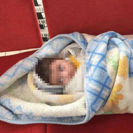 5 aylık bebeği eczaneye bırakıp kaçtı
