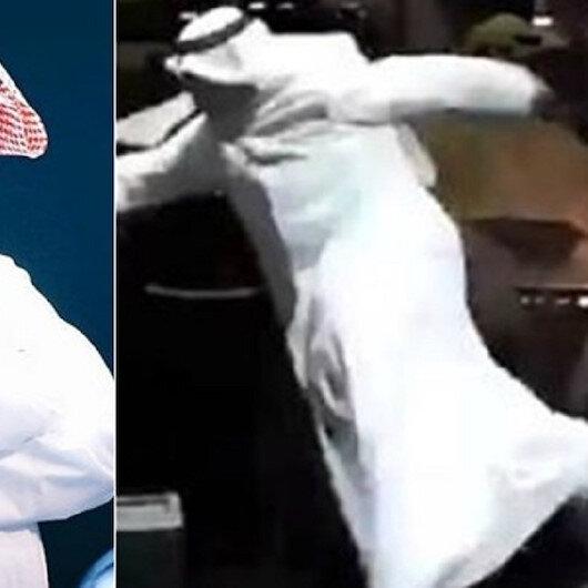 عبد الله الرويشد يتعثر ويسقط على المسرح.. وتفاعل (شاهد)