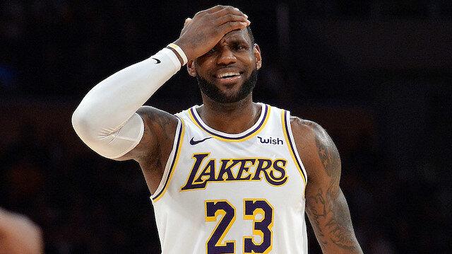 LeBron James sezonu kapadı