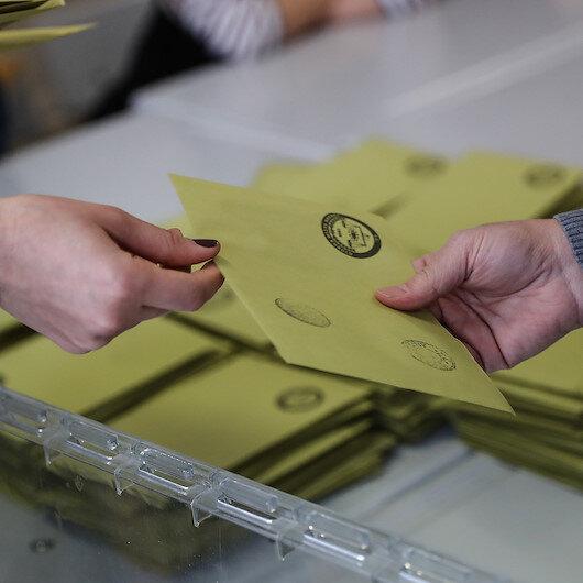 AK Parti Hakkari'de 6 belediye kazandı