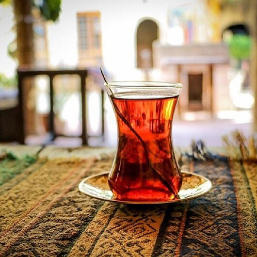 دراسة: عادة قاتلة خلال شرب الشاي