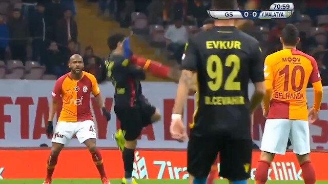 Luyindama Yeni Malatya maçında kırmızı kart gördü.