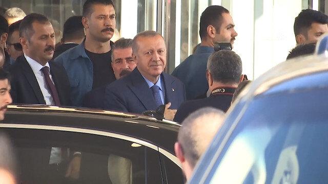 Cumhurbaşkanı Erdoğan Eyüpsultan Belediyesini ziyaret etti