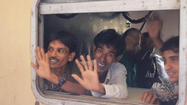 Pakistan 360 Hindistanlı mahkumu serbest bırakıyor