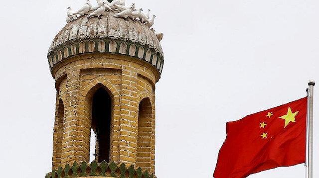 Çin Doğu Türkistan'daki tarihi camileri yıkıyor