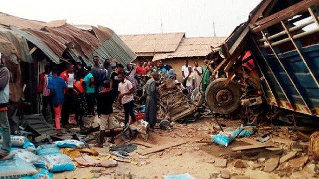 Nijerya'da kamyon faciası: 15 ölü