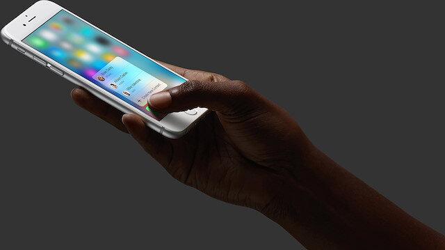 iPhone 6S'teki 3D Touch menüsü.