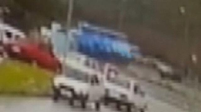 Tarım işçilerini taşıyan minibüsün devrilme anı kamerada