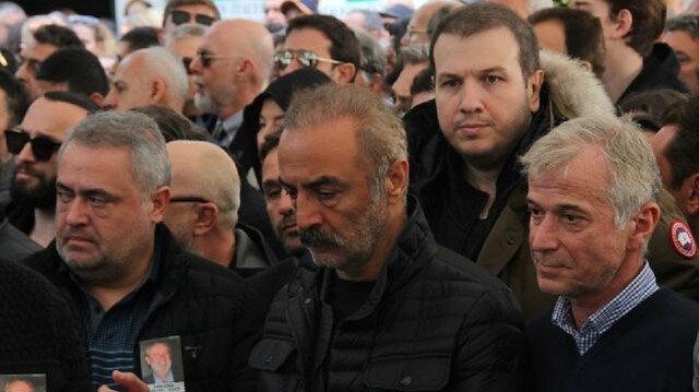 Yılmaz Erdoğan Zafer Çika'yı unutmadı