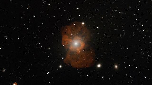Bilim insanlarından ilk gerçek kara deliğin simülasyonu