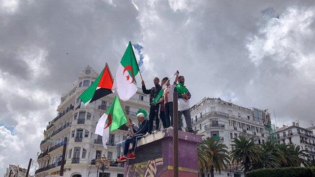 Cezayir'de cumhurbaşkanlığı seçimleri 4 Temmuz'da
