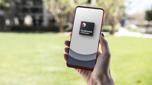 Qualcomm'un yeni tanıtımını gerçekleştirği işlemciler 8nm teknoloji ile tasarladı.