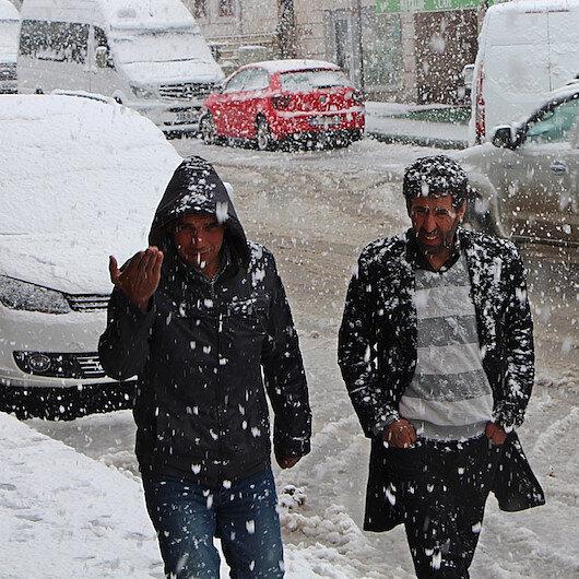 Baharda kar etkili oldu