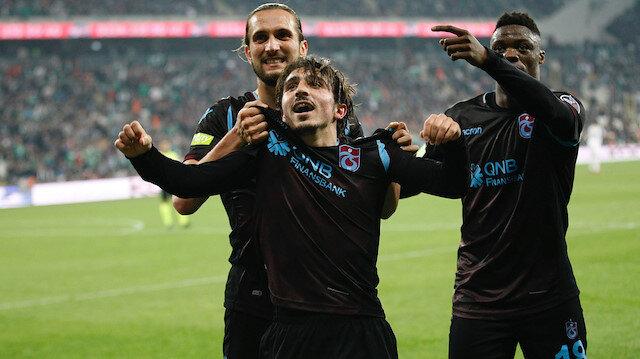 Abdülkadir Ömür, Trabzonspor'u galibiyete taşıyan golü attı.
