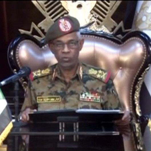 Sudan'da askeri darbe: Avad bin Avf göreve başladı