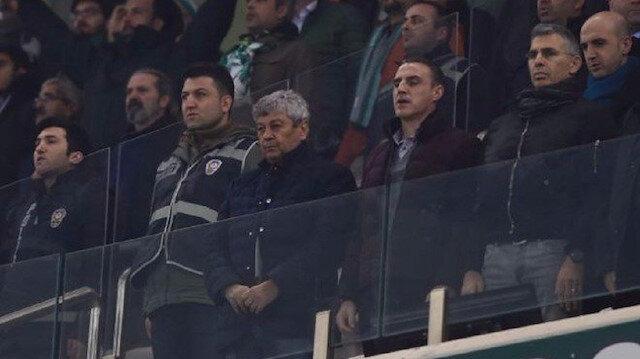 Lucescu'ya milli takımda yardımcılığını yapan Tayfur Havutçu eşlik etti.