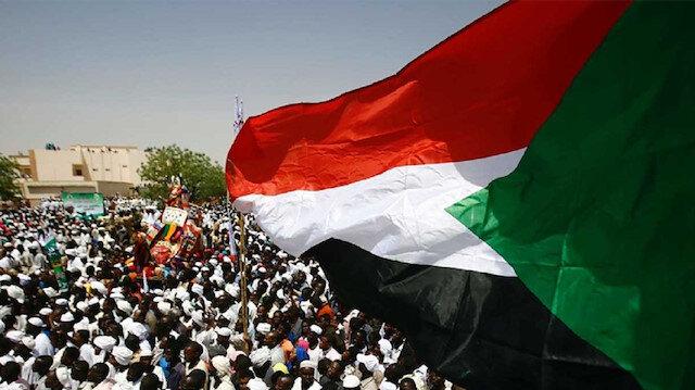 """""""العدالة والتنمية"""" التركي: مطالب الشعب السوداني هي مطالبنا"""