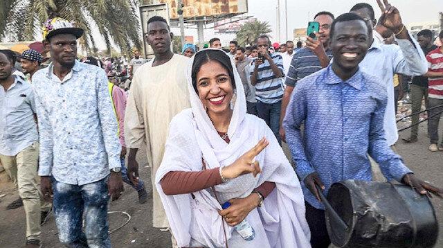 Sudanda sembol oldu