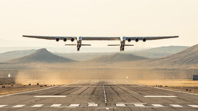Dünyanın en büyük uçağı Roc.