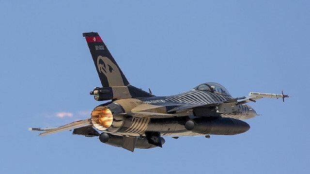 """سلاح الجو التركي يدمر مواقع لـ""""بي كا كا"""" الإرهابية شمال العراق"""