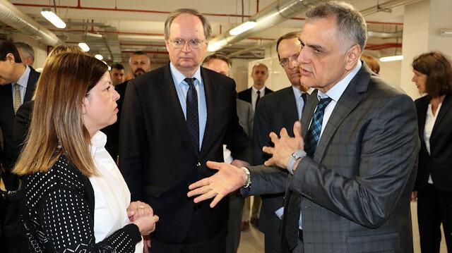 EU, Turkey continue to help Syrian refugees: Official