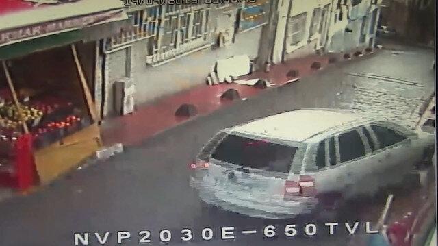 Beyoğlunda freni patlayan otomobil tehlike saçtı