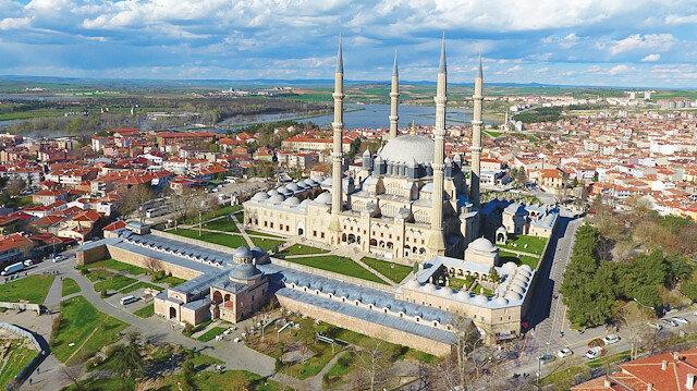 Mimar Sinan'ın ustalık eserlerinden Edirne Selimiye Camii gibi eserlerin yer aldığı ülkelerdeki şehirler ile 'Mimar Sinanlı Şehirler' adında bir birlik oluşturulması planlanıyor.
