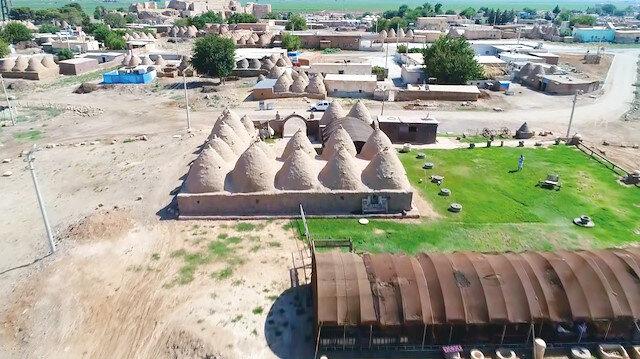 Harran'da tarihi dokuya zarar veren metruk yapılar yıkılacak.