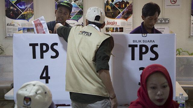 Endonezya'da halk yarın yeni devlet başkanını seçecek