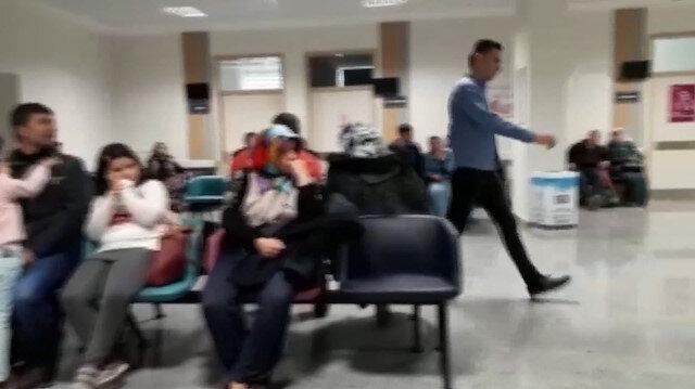 Hastanedeki vatandaşlar çalan yangın alarmını umursamadı