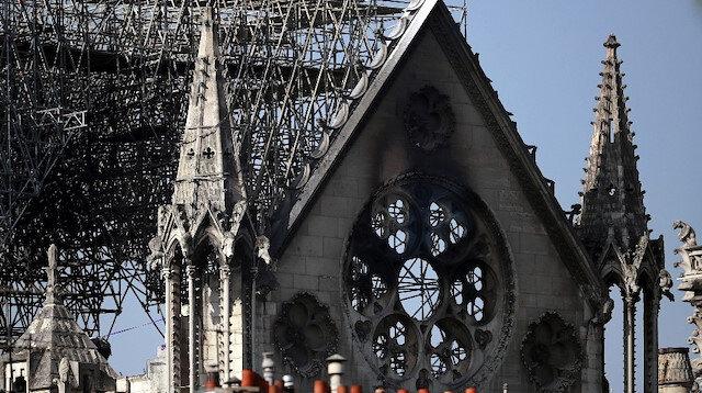 Mimarlar Notre Dame Katedrali'nin yenilemesi için yarışacak