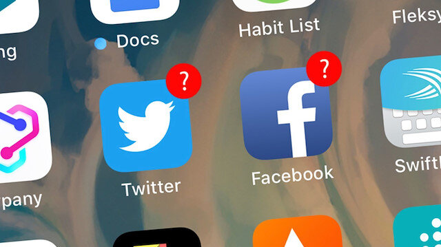 Facebook ve Twitter'ın 9 ay içerisinde sunucuları Rusya'ya taşıması gerekiyor.