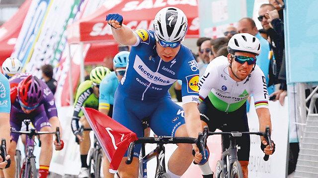 Çanakkale-Edremit etabını Fabio Jakobsen kazandı