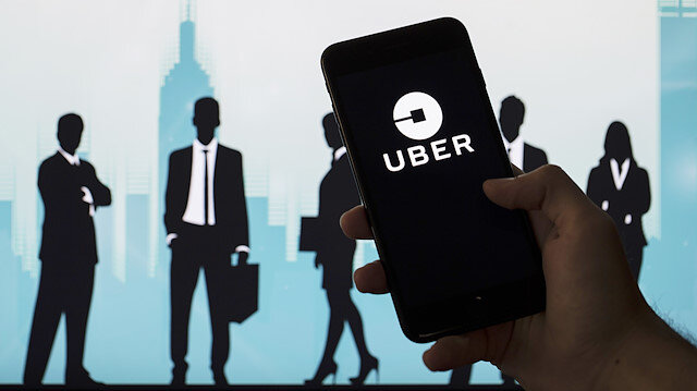 Uber lands $1 billion from SoftBank, Toyota for self-driving unit