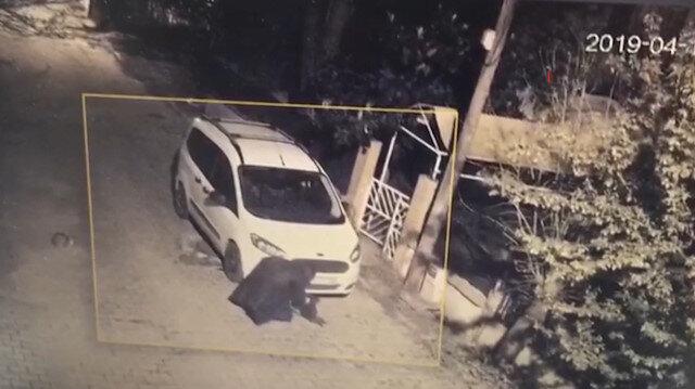 Silivri'de park halindeki aracın kundaklanma anı kamerada