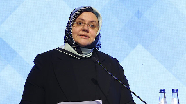 Aile, Çalışma ve Sosyal Hizmetler Bakanı Zehra Zümrüt Selçuk.