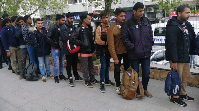 Keşan'da yasa dışı yollarla ülkeye giren göçmenler yakalandı