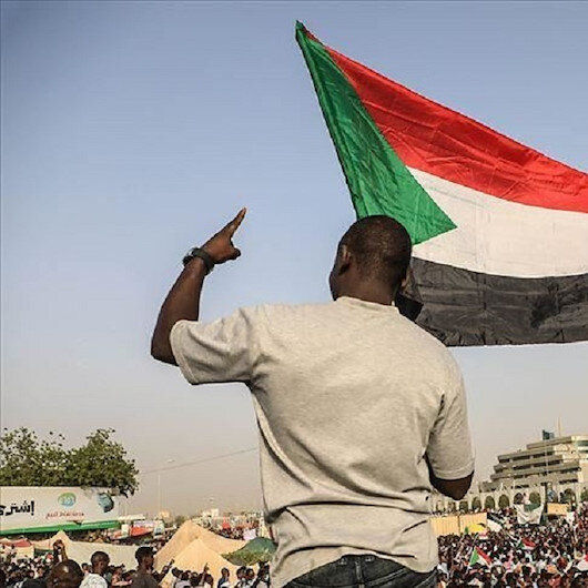 أين الإسلاميون من الثورة السودانية؟