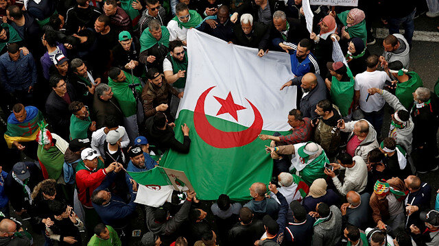 Algeria detains Bouteflika-linked business magnates