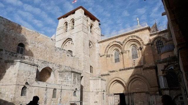 """مسيحيو القدس يحتلفون بـ""""عيد الفصح"""" وسط إجراءات إسرائيلية مشددة"""