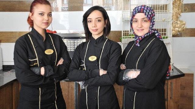 Üniversite mezunu kadınlar profesyonel kasaplık yapıyor