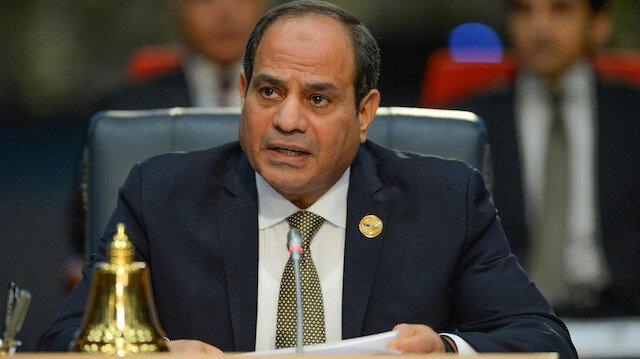 Darbeyle ülkenin yönetimine el koyan Abdülfettah el Sisi.