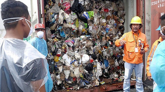 Çöp yüzünden iki ülke arasında savaş çıkacak