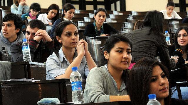 ÖSYM tarafından hazırlanan sınava giren öğrenciler. Fotoğraf: Arşiv.