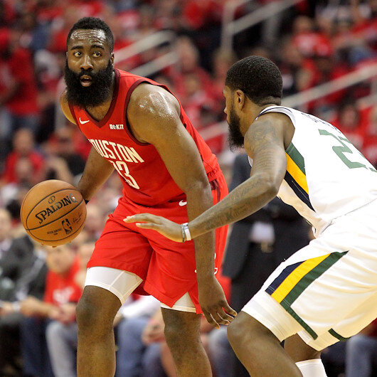 NBA: Rockets close out series, Clippers refuse to quit