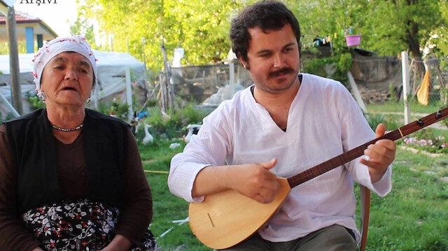 Anadolu'yu köy köy gezerek kayıp ezgileri gün yüzüne çıkarıyor