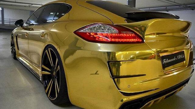 Altın renkli Porsche'nin sahibi polis tarafından daha öncesinde uyarılmıştı.